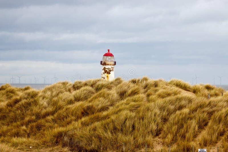 Faro abandonado en País de Gales imagen de archivo libre de regalías
