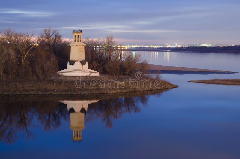 Faro all'entrata del canale di Volga-Don fotografia stock libera da diritti