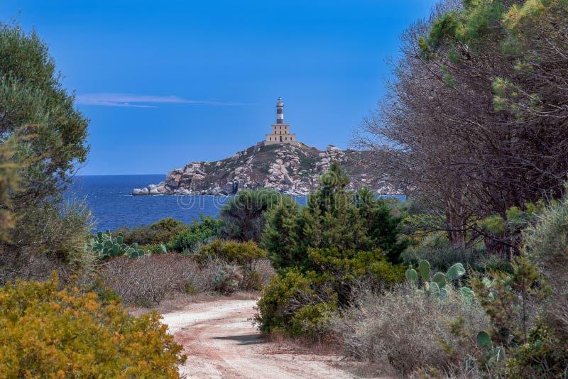 Faro de Carbonara de la ceja en Villasimius fotos de archivo libres de regalías