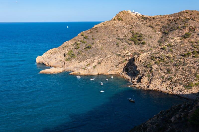Faro de l 'Albir, en L 'Alfàs del Pi, Altea, una ciudad en la costa mediterránea de la costa blanca, un destino turístico en Esp fotos de archivo libres de regalías