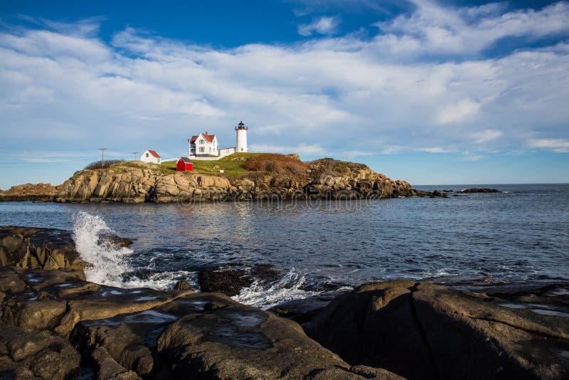 Faro de la protuberancia pequeña en Maine los E.E.U.U. fotografía de archivo