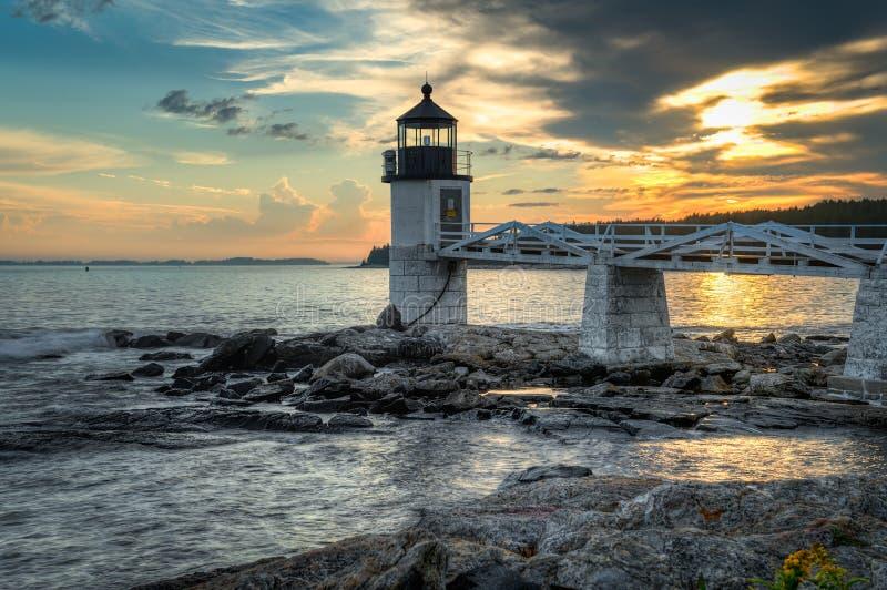 Faro de la punta de Marshall en la puesta del sol fotos de archivo libres de regalías