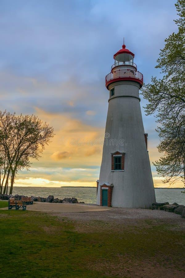 Faro de Marblehead en la puesta del sol Marblehead ohio EE.UU. imágenes de archivo libres de regalías
