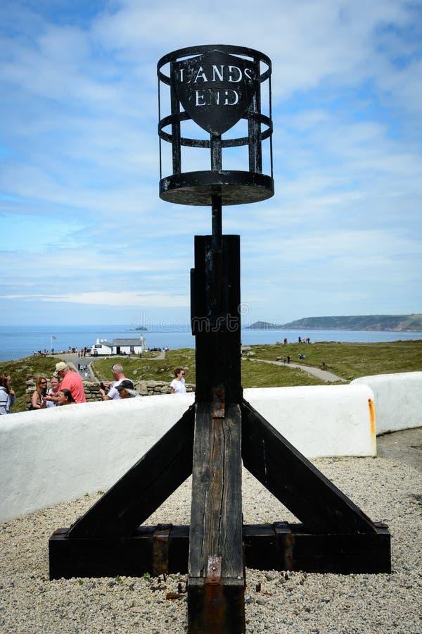 Faro del extremo de las tierras - señal foto de archivo
