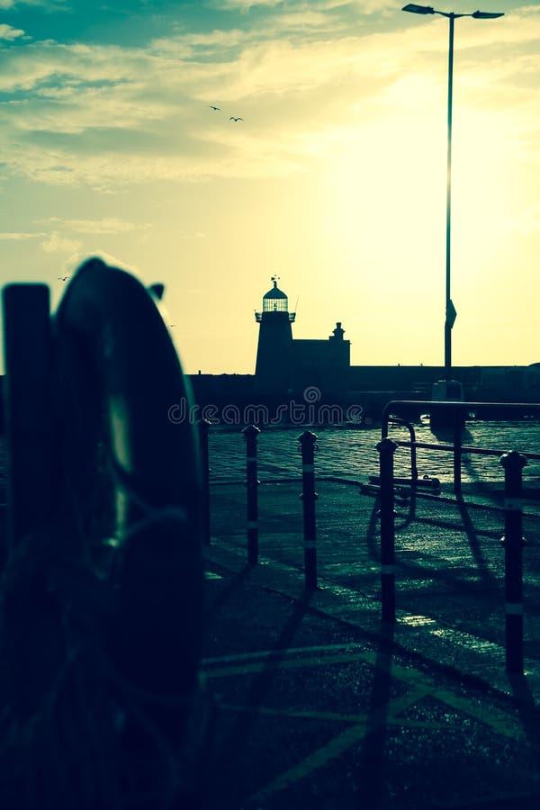 Faro del porto Howth dublino l'irlanda fotografie stock