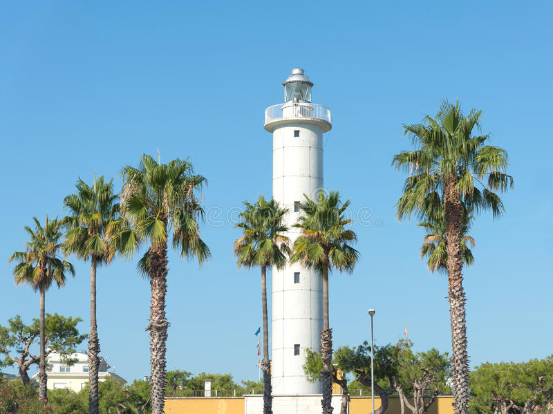 Faro del puerto de San Benedetto del Tronto - Italia fotografía de archivo libre de regalías