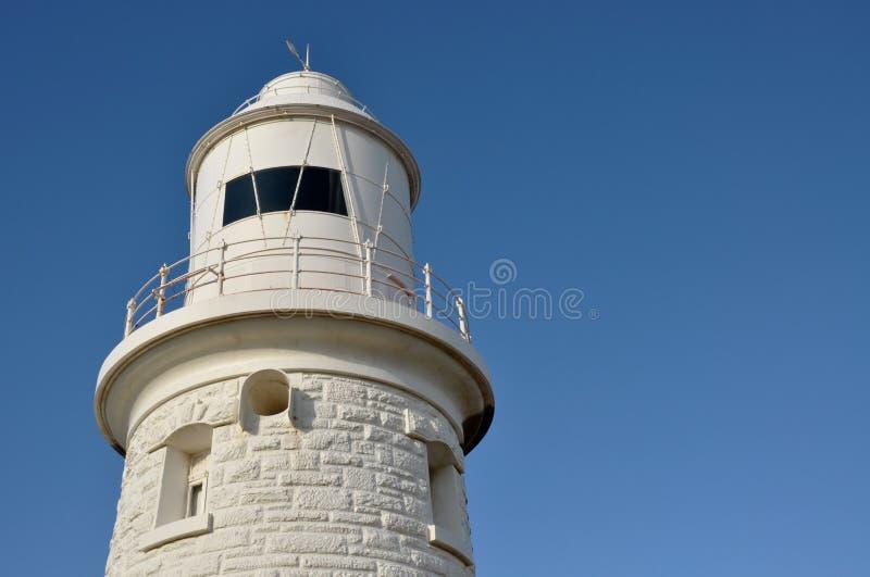 Faro del punto del leñador: Blanco en el azul foto de archivo libre de regalías
