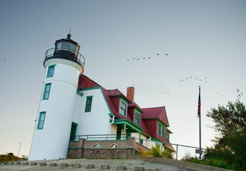 Faro di Betsie del punto sul lago Michigan fotografia stock