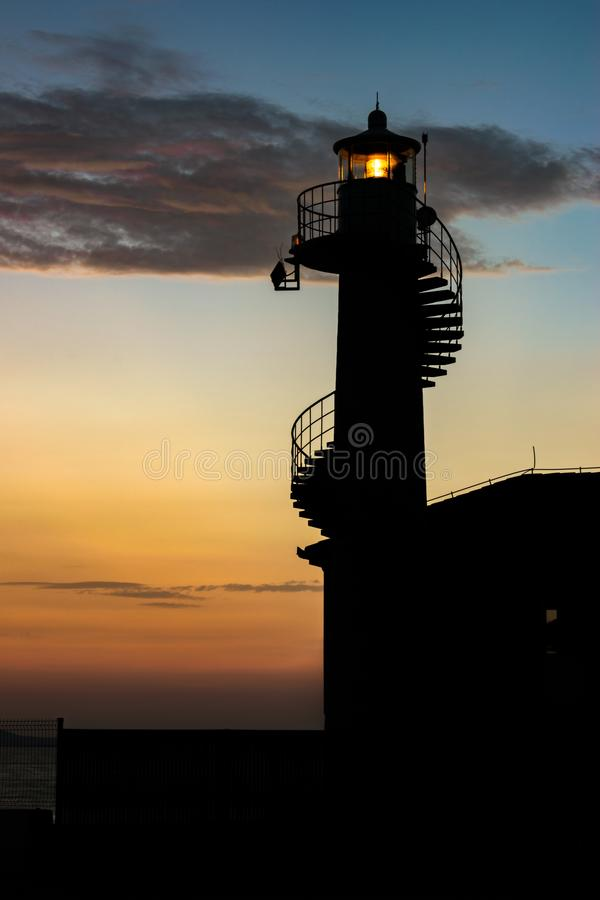 Faro di Zadar, Croazia al tramonto immagine stock libera da diritti