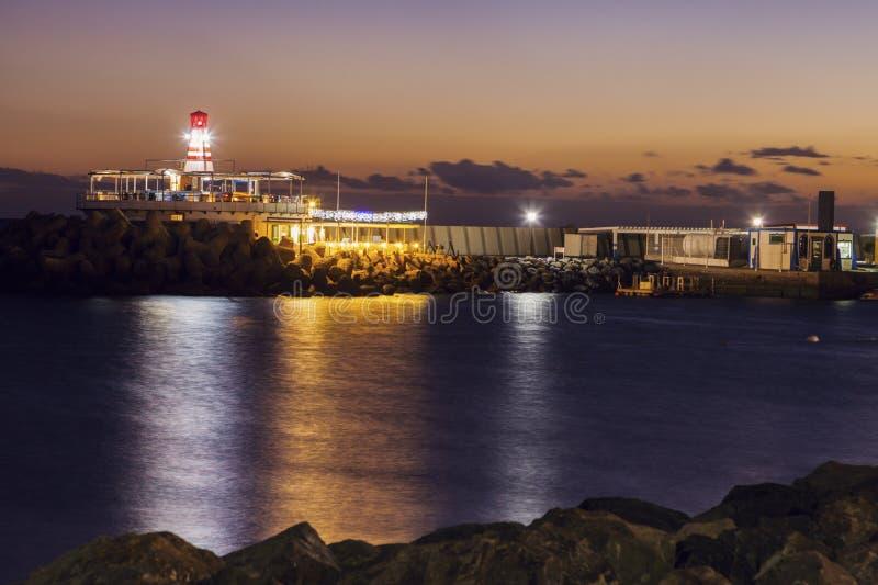 Faro en Puerto De Mogan imagen de archivo