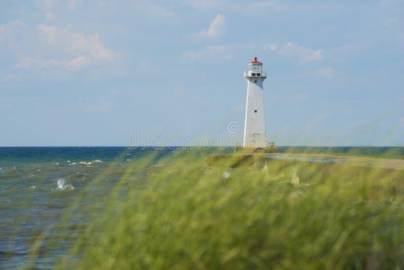 Faro esterno di Sodus sul lago Ontario, New York fotografia stock libera da diritti