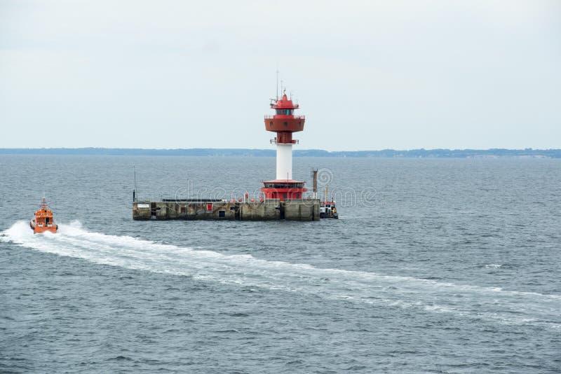 Faro Kiel de la estación de supervisión de la radiactividad imagenes de archivo