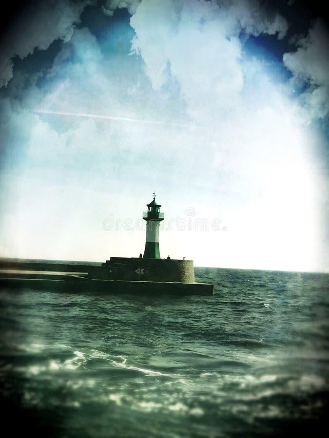Faro nel Mar Baltico immagini stock