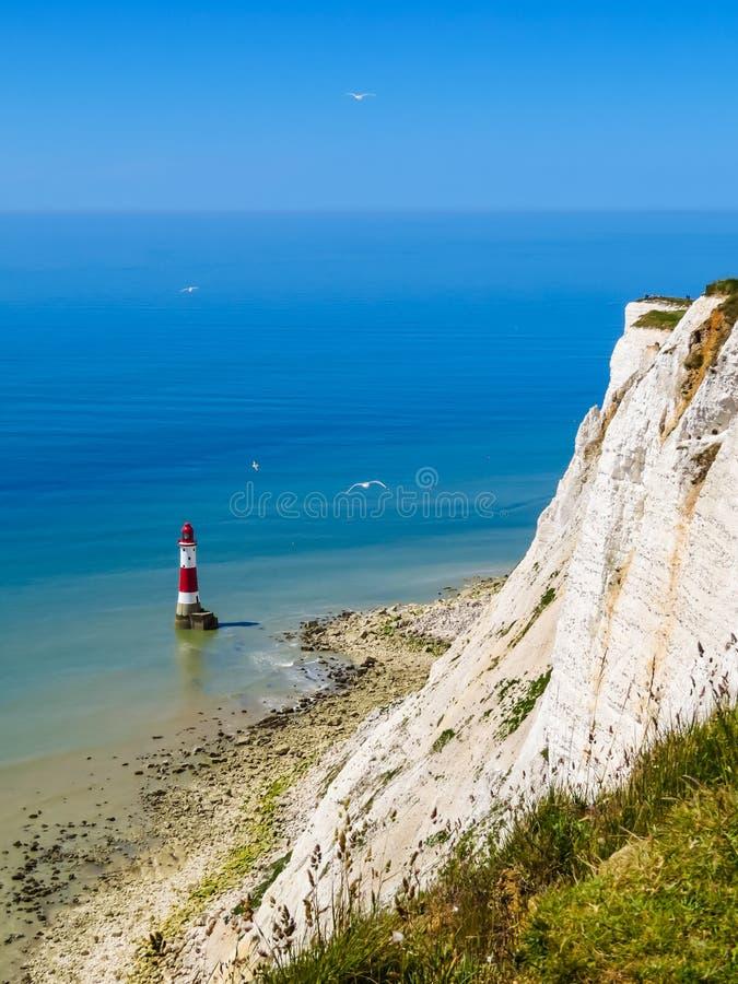 Faro principal con playas, Eastbourne, Sussex del este, Inglaterra fotografía de archivo libre de regalías