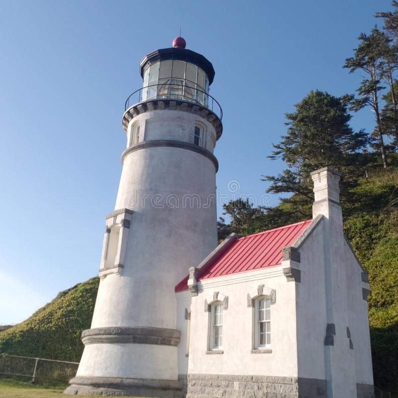 Faro storico della costa dell'Oregon immagine stock libera da diritti