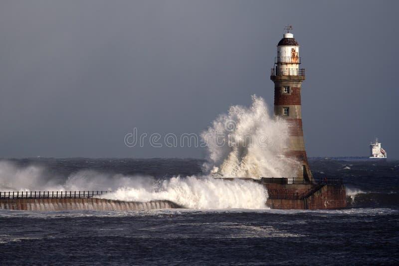 Faro y embarcadero de Roker fotografía de archivo libre de regalías