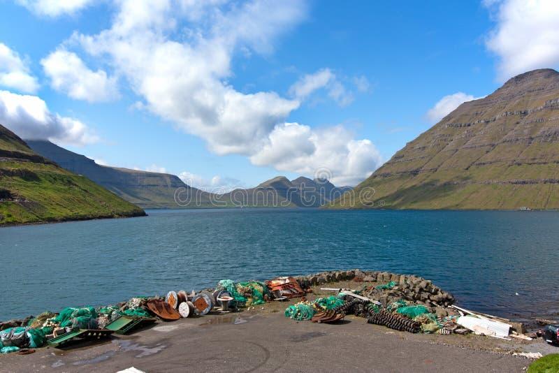 faroe fiorda połowu wysp krajobrazowe sieci zdjęcie royalty free
