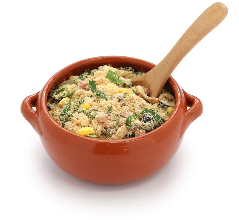 Farofa, alimento brasileiro imagens de stock