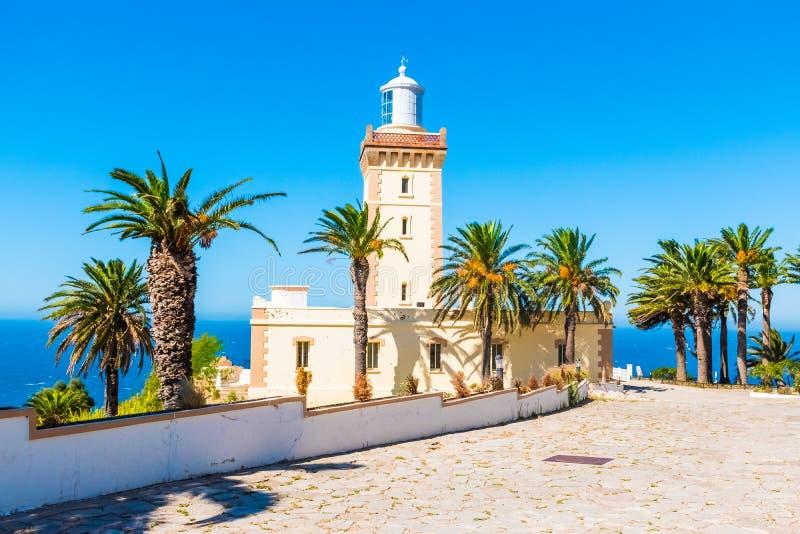 Farol bonito do tampão Spartel perto da cidade de Tanger e do Gibraltar, Marrocos fotografia de stock