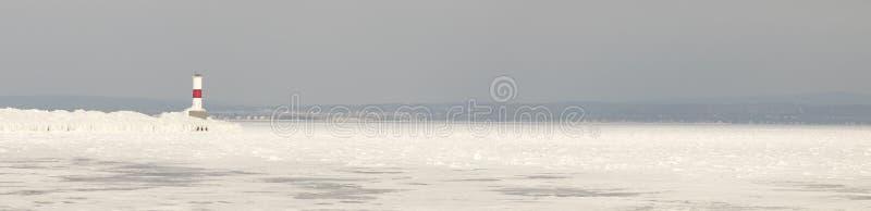 Farol de Petoskey Pierhead do panorama, Petoskey, Michigan na vitória fotos de stock