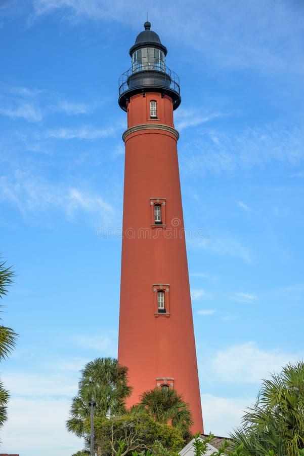 Farol de Ponce de Leon Inlet em Daytona Beach Florida imagens de stock
