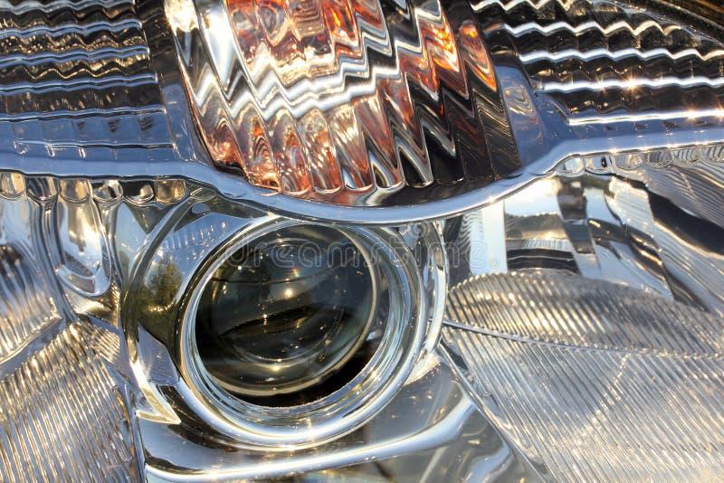 Farol do close up moderno do carro fotos de stock royalty free