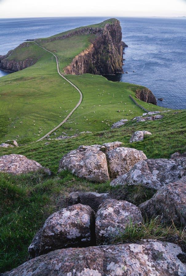 Farol do ponto de Neist, atração turística de surpresa, Escócia, Reino Unido fotografia de stock royalty free