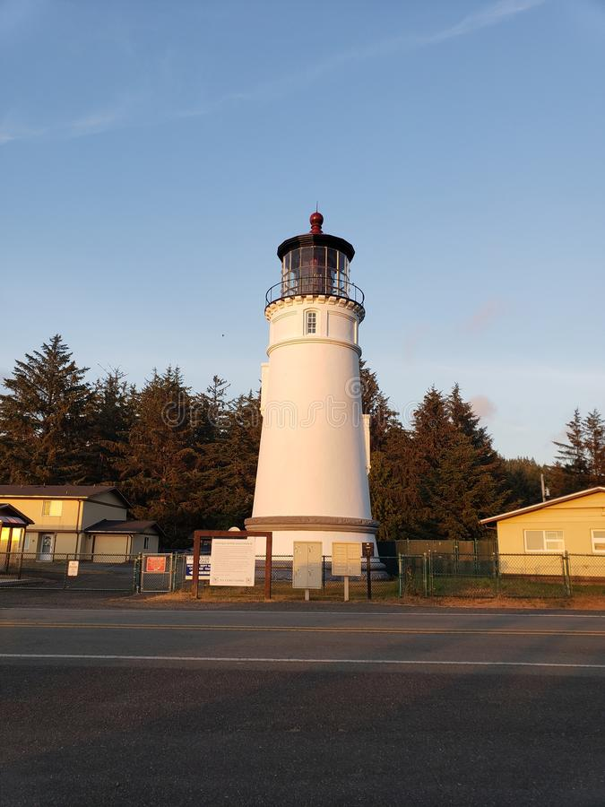 Farol histórico da costa de Oregon foto de stock
