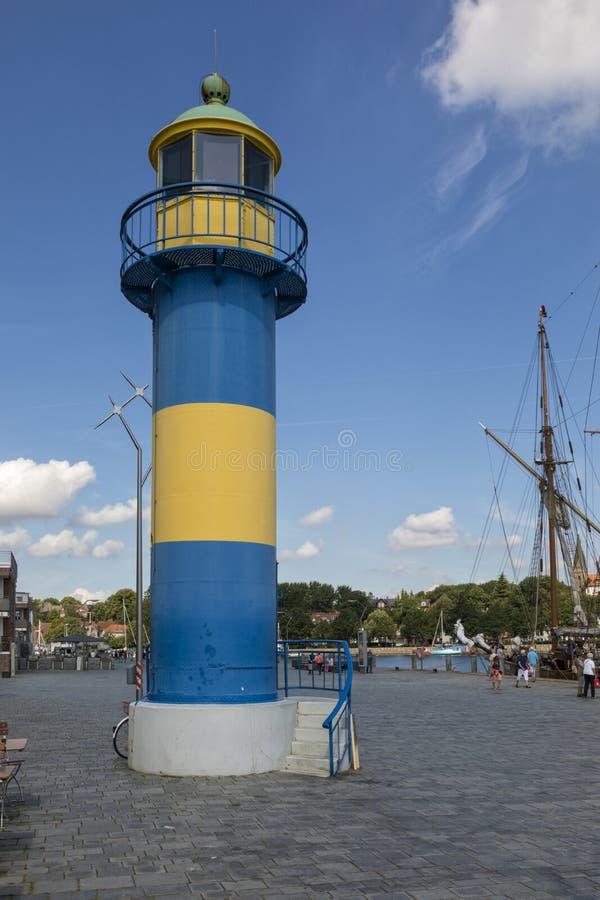 Farol histórico no porto de Eckernförde imagem de stock royalty free