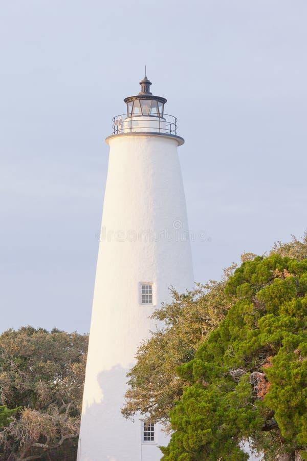 Farol histórico OBX NC E.U. da ilha de Ocracoke fotos de stock royalty free