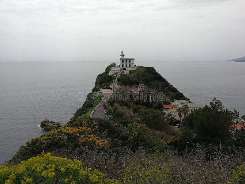 Farol no Capo Miseno foto de stock