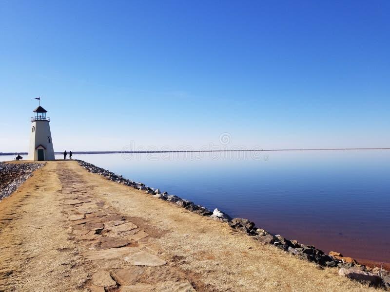 Farol no lago Hefner, Oklahoma imagem de stock