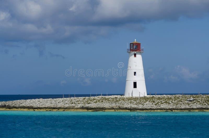 Farol no porto de Nassau fotografia de stock royalty free