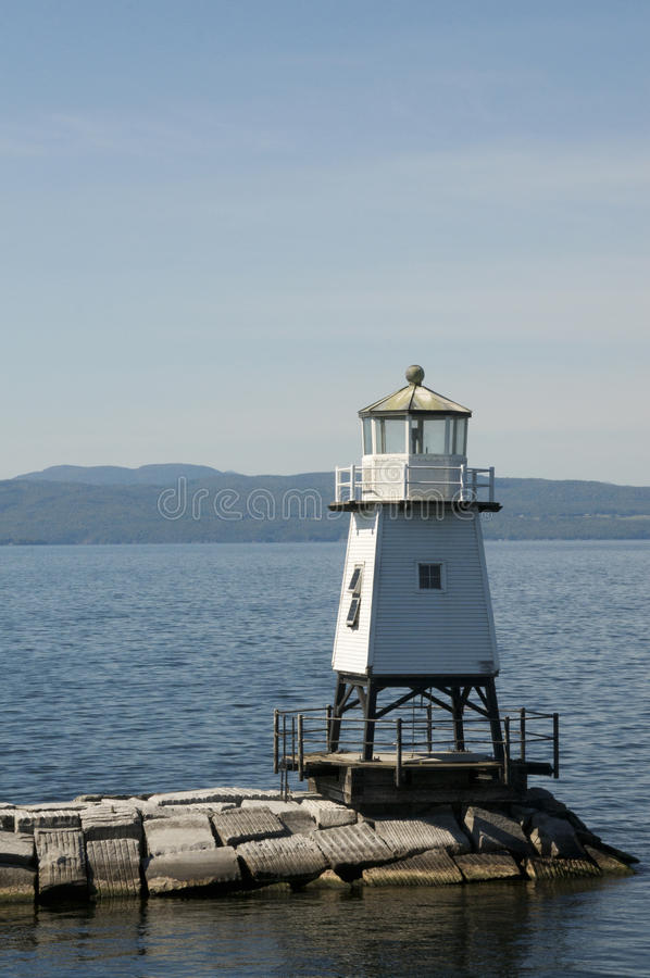 Farol norte do quebra-mar de Burlington Vermont no lago Champlain imagem de stock