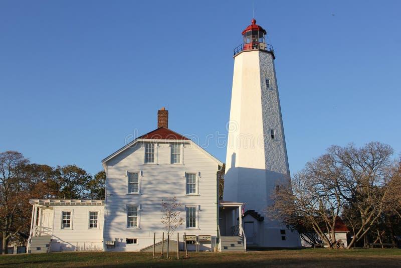 Farol Sandy Hook, o mais antigo farol que funciona nos Estados Unidos, construído em 1764 imagens de stock