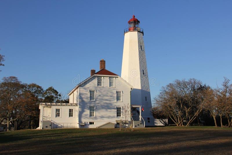 Farol Sandy Hook, o mais antigo farol que funciona nos Estados Unidos, construído em 1764 imagem de stock