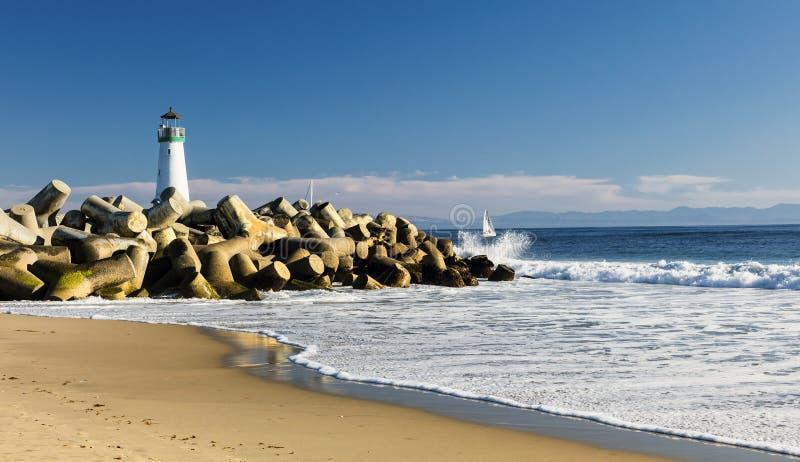 Farol Walton em Santa Cruz Shore fotos de stock