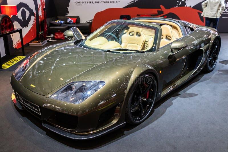 Fartdåre 4 för adelsman M600 4 V8 manuell sportbil arkivfoton