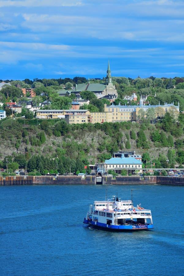 Fartyg i Quebec City royaltyfri bild
