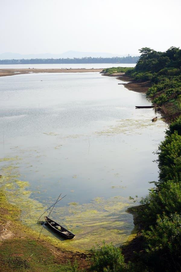 Fartyg och Mekong River royaltyfria foton