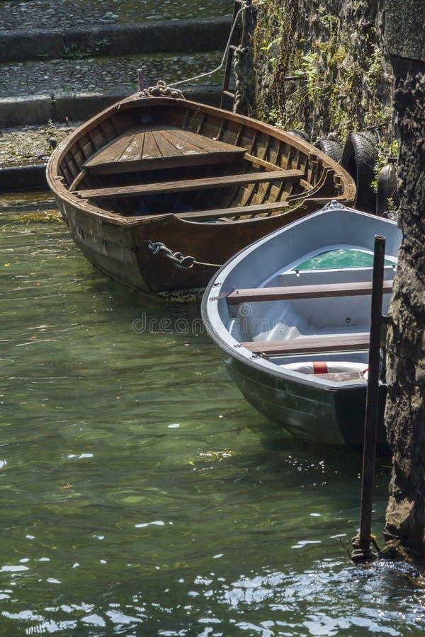 Fartyg på laken arkivbild