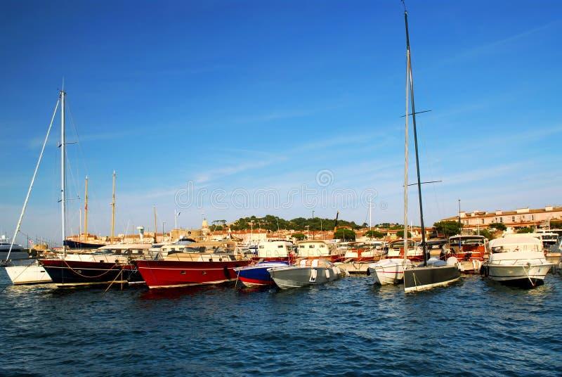 Fartyg på St Tropez royaltyfri foto