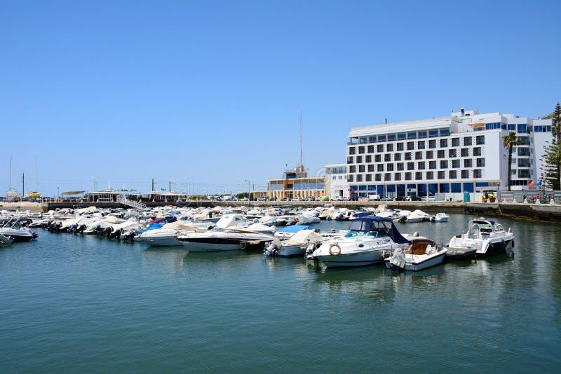 Fartyg som förtöjas i marina, Faro fotografering för bildbyråer