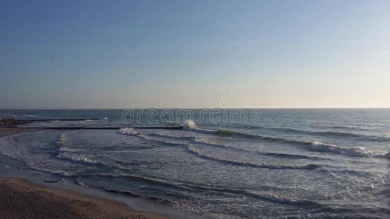 Fartygturer, som kommer med h?lsa, ny luft p? kusten, royaltyfri foto