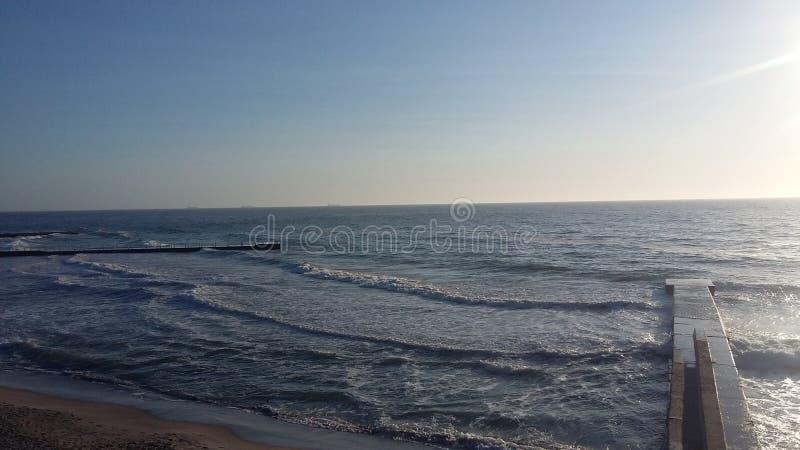 Fartygturer, som kommer med h?lsa, ny luft p? kusten, fotografering för bildbyråer