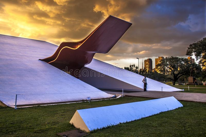 Fasad av den Ibirapuera salongen i Sao Paulo royaltyfria bilder