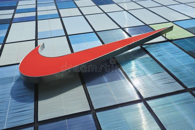 Fasad av ett Nike lager i Peking, Kina royaltyfri foto