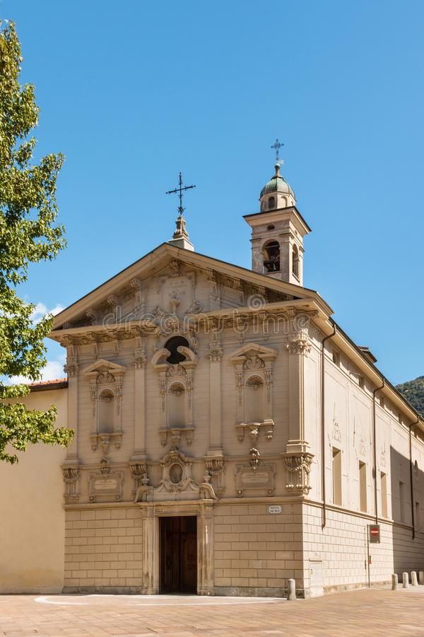 Fasad av kyrkan av San Rocco i Lugano, Schweiz royaltyfri bild