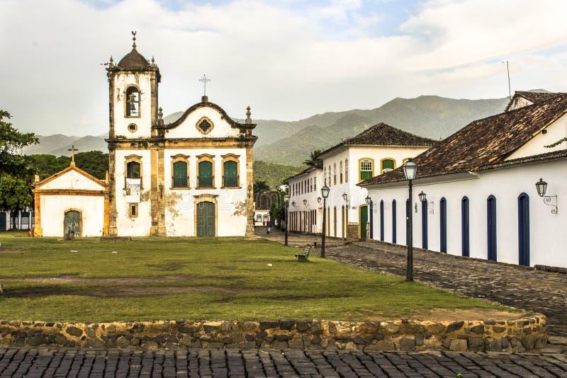 Fasad av kyrkan av Santa Rita de Cassia i Paraty fotografering för bildbyråer