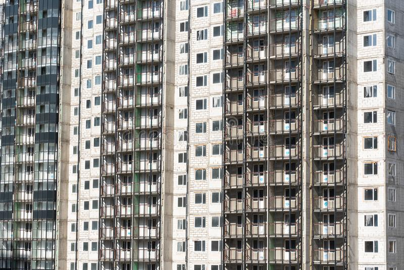 Fasad av ny m?ng--v?ning en bostads- byggnad arkitektur av den moderna staden fotografering för bildbyråer